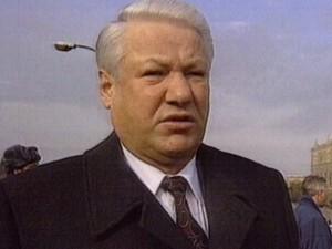Октябрь 1993. Интервью президента РФ Бориса Ельцина телекомпании CNN возле Белого дома.