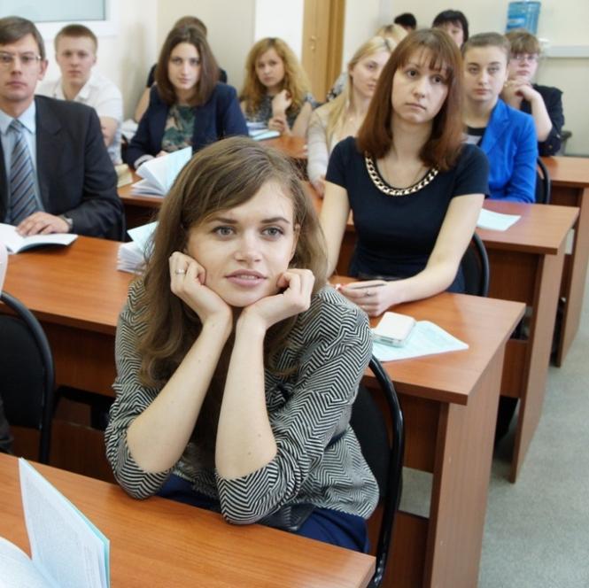Эксперты оценили последствия реформ 90-х на Ельцинском семинаре «Я думаю!»