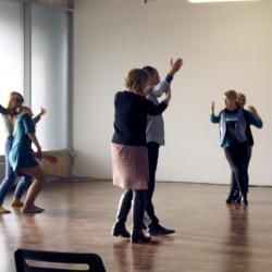 Танцуют все: открытое занятие по социальному танцу