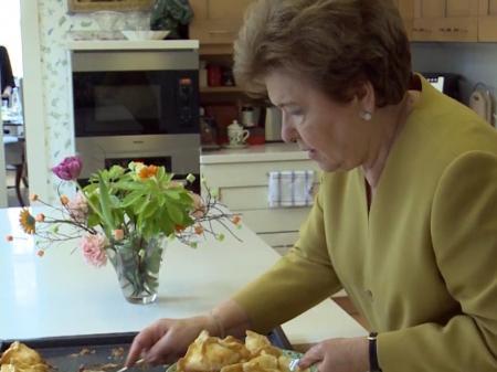 Благотворительный кулинарный мастер-класс с Наиной Ельциной